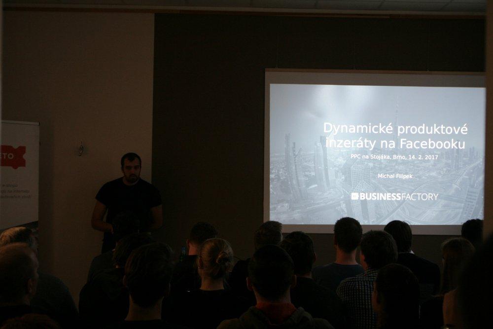 Michal přednáší o reklamě na Facebooku