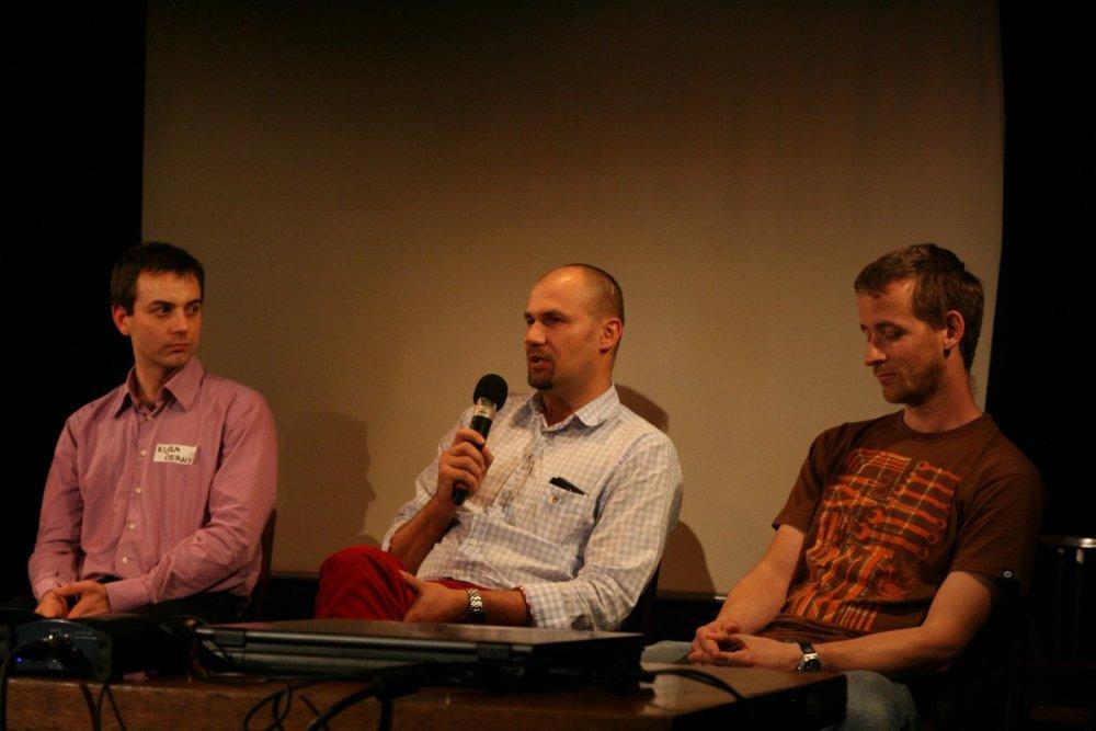 Tomáš na závěrečné panelové diskusi