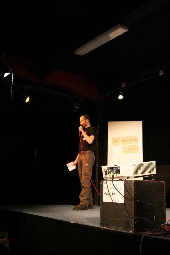 Michal Janík zahajuje program