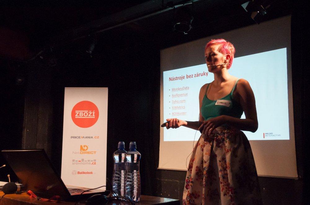 Romana Velflová z Media na konferenci